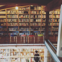 BOOKS & CAFE NABO(古本屋、カフェ)/ 上田